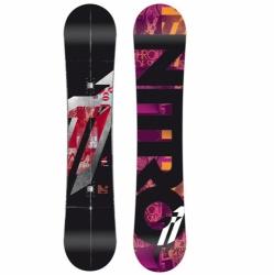 Freestyle snowboard Nitro T1 wide zero, snb na skoky, triky, jibování, u-rampu